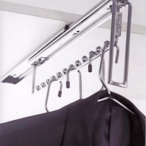 Cloth hanger pull out